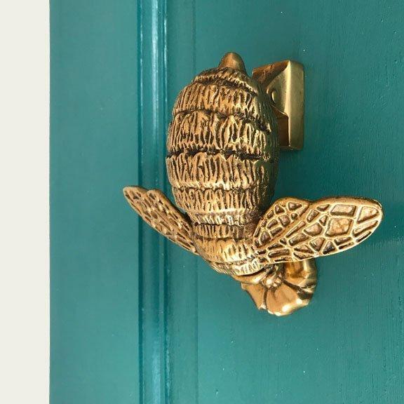 Bumble Bee Door Knocker in brass